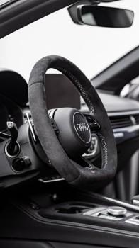 Alcantara Lenkrad passend bei AUDI S3 RS3 S4 S5 RS4 RS5